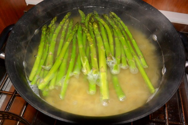 blanched asparagus