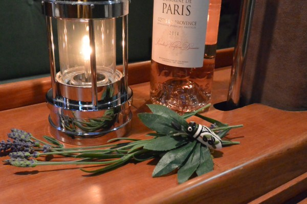 cicada Provence ambience