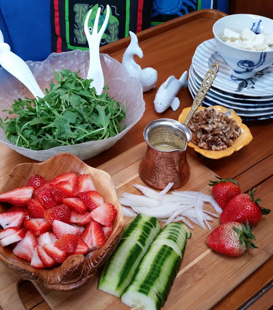 all strawberry salad ingredients