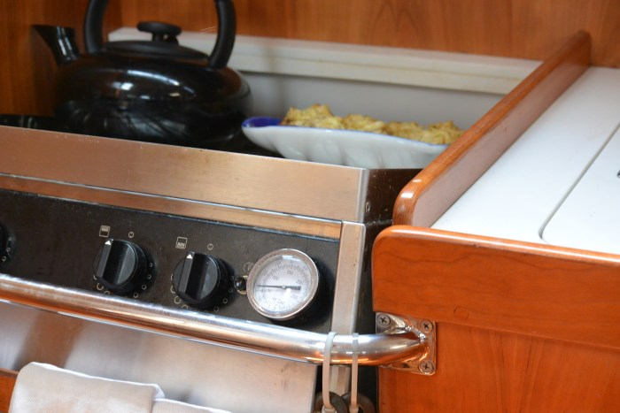 the gimbaled stove