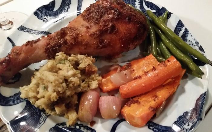 turkey-drumstick-served