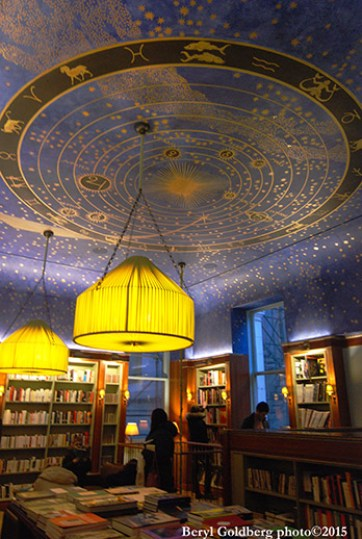 After Albertine events, you can shop for (always tax-free) books