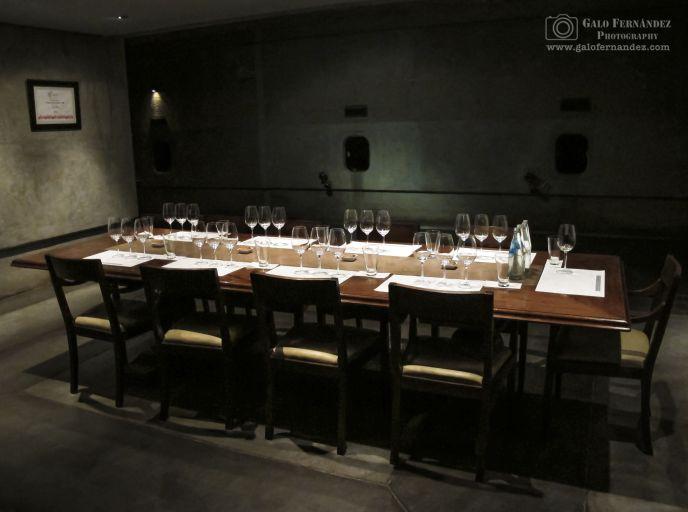 Mesa de degustación de vinos en Pulenta Estate, Luján de Cuyo - Mendoza (MZ)