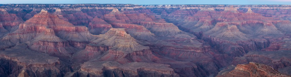 The best way to lost our reference is to be in front of the Grand Canyon.