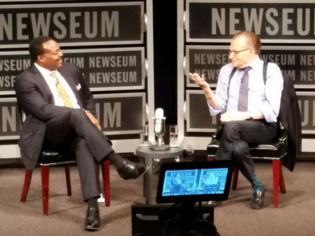 (L to R) Leon Harris and Larry King