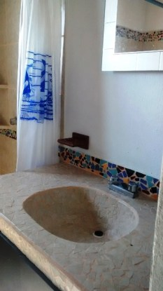 Casita Lunar Bathroom
