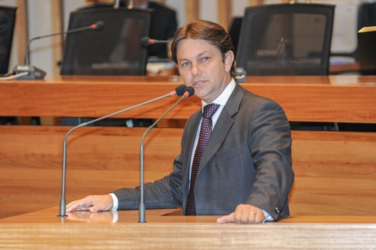 DF: Deputado protesta contra despejo da Embrapa Cerrados