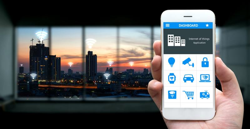 Com a Internet da Coisas (IoT) é possível conectar objetos e ambientes