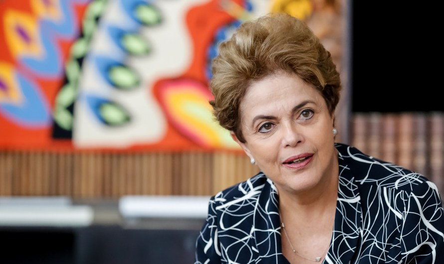 """Carta de Dilma para Temer"" viraliza na rede"