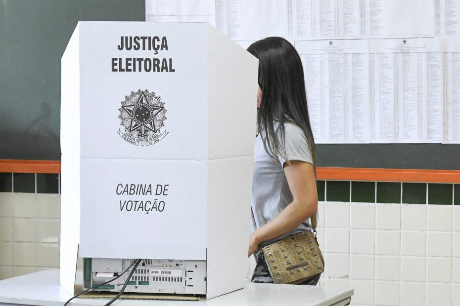 Eleições 2020: professor é a profissão mais usada pelos candidatos
