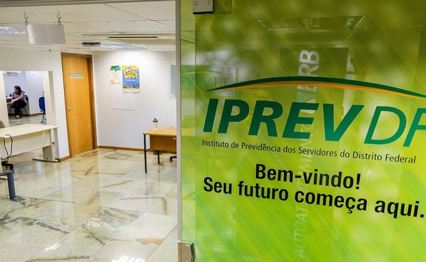 Iprev vai gerir processos de servidores da Saúde aposentados e pensionistas por morte
