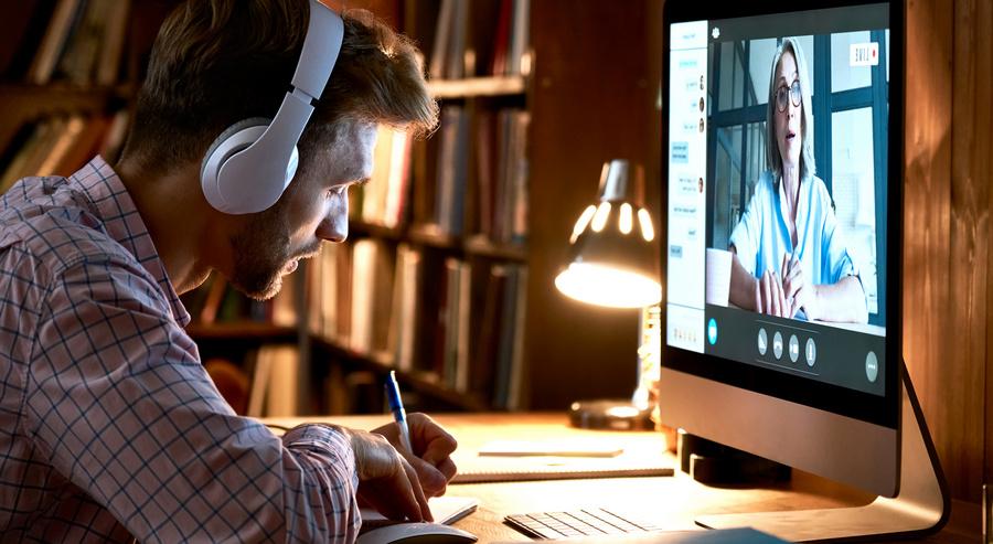 Educação virtual: 50 mil vagas para capacitação são oferecidas pela CAPES e UEMA
