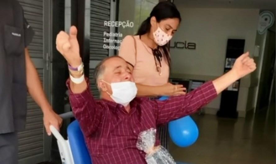 VÍDEO: Gamense ganha festa ao receber alta do hospital após Covid-19