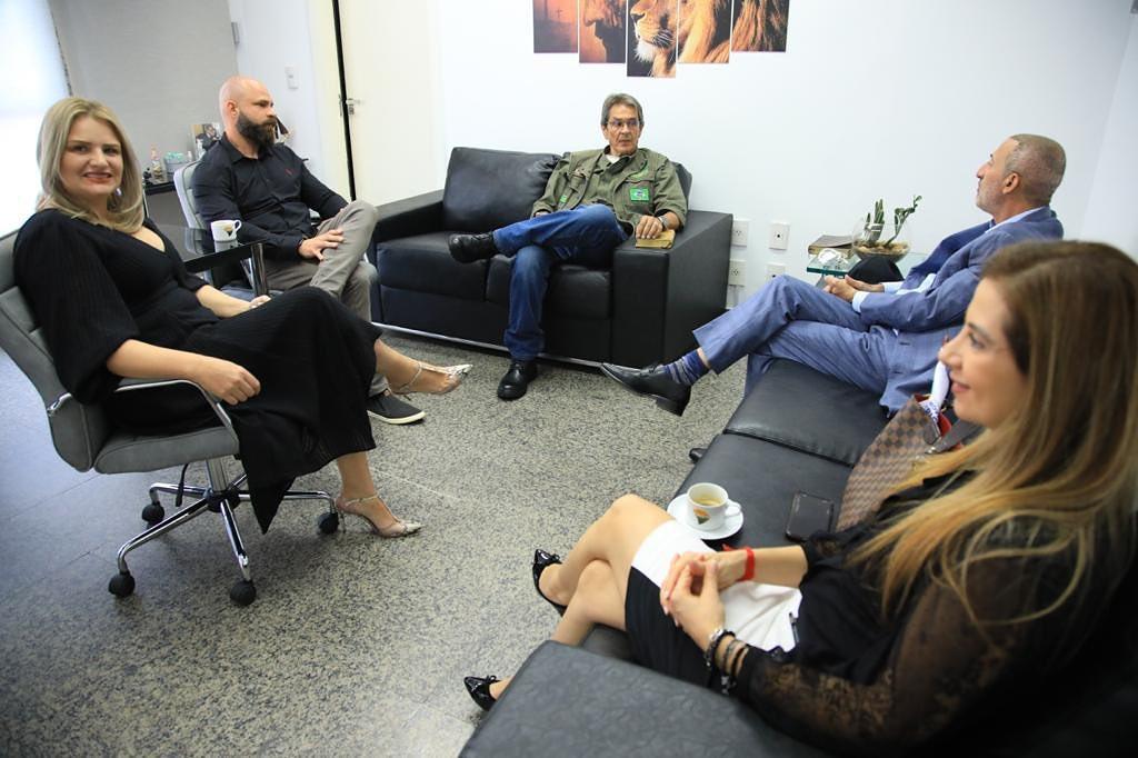 Nas mudanças do PTB-DF Fadi Faraj faz aliança com Paulo Fernando e coloca Jaqueline Silva pra escanteio