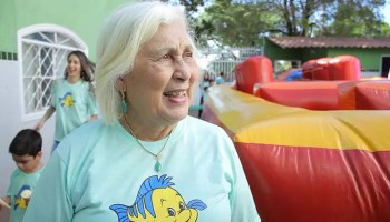 Dia das Mães: Glorinha, fundadora de um Lar para crianças em Taguatinga-DF, usou os traumas da própria história para fazer o amor florescer