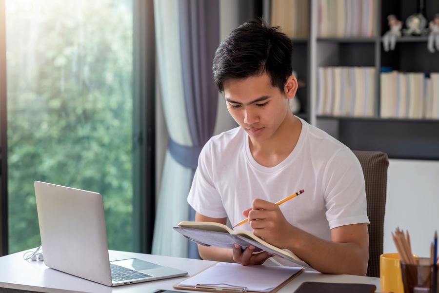 Projeto social abre inscrições para curso pré-Enem gratuito a distância