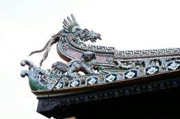 Ein Drache auf dem Dach