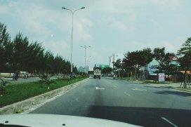 Breite freie Straße in Da Nang