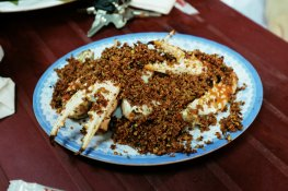 Krabben Scheren in Chilisalz