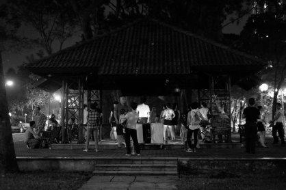 Tanzstunde im Park