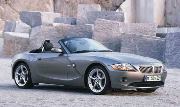 Top 10 Famous Singapore Celebrities And the Cars they Drive