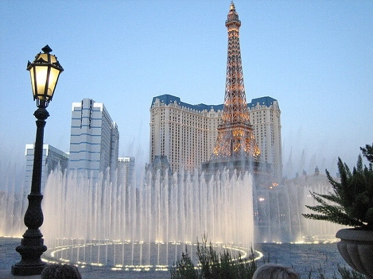 Bellagio O Show >> Bellagio Water Show Times - Dancing Fountains Schedule for 2018