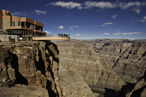 Distance from Las Vegas to the Grand Canyon Skywalk including