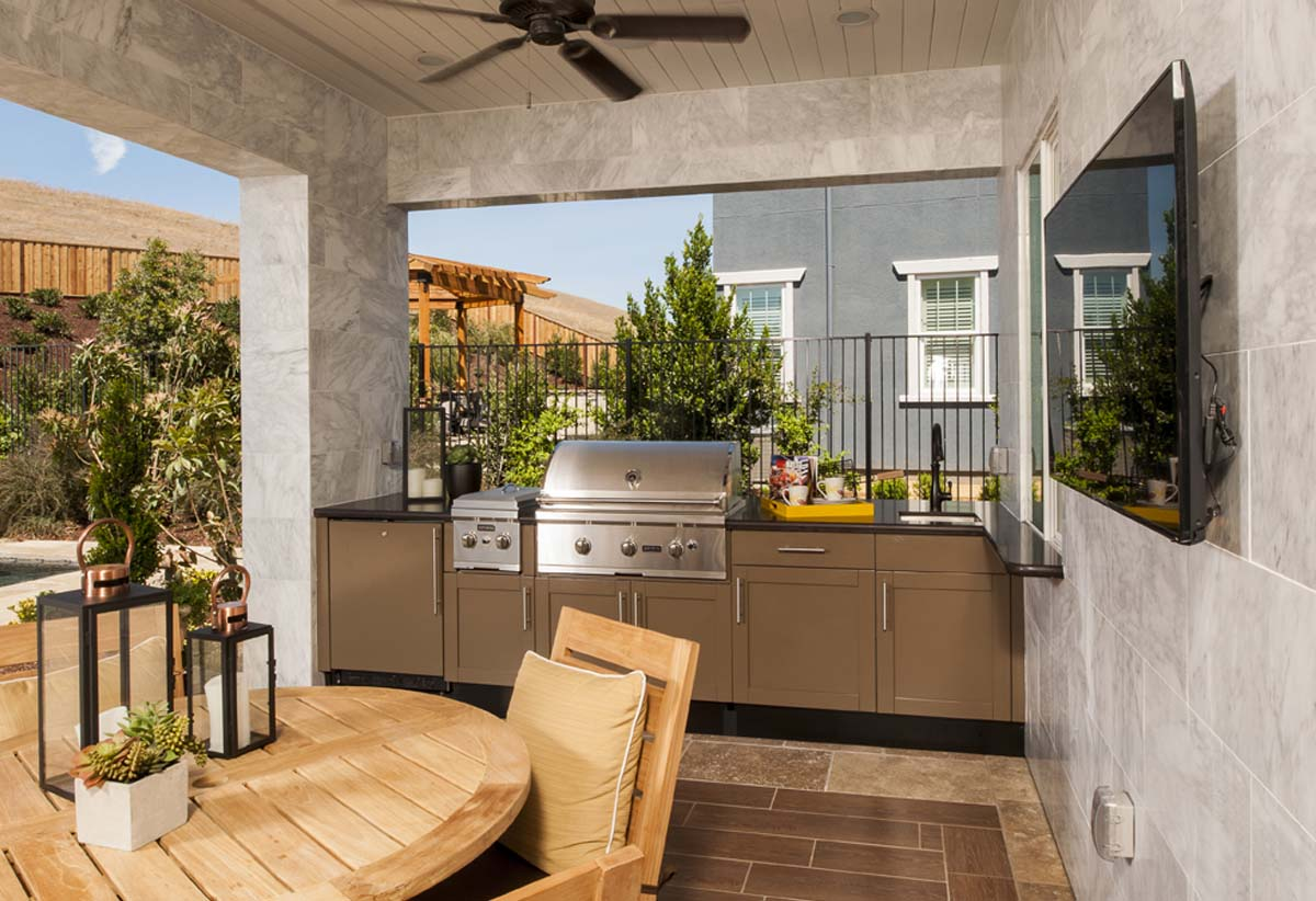 Outdoor Kitchen Designs on Patio Kitchen  id=61265