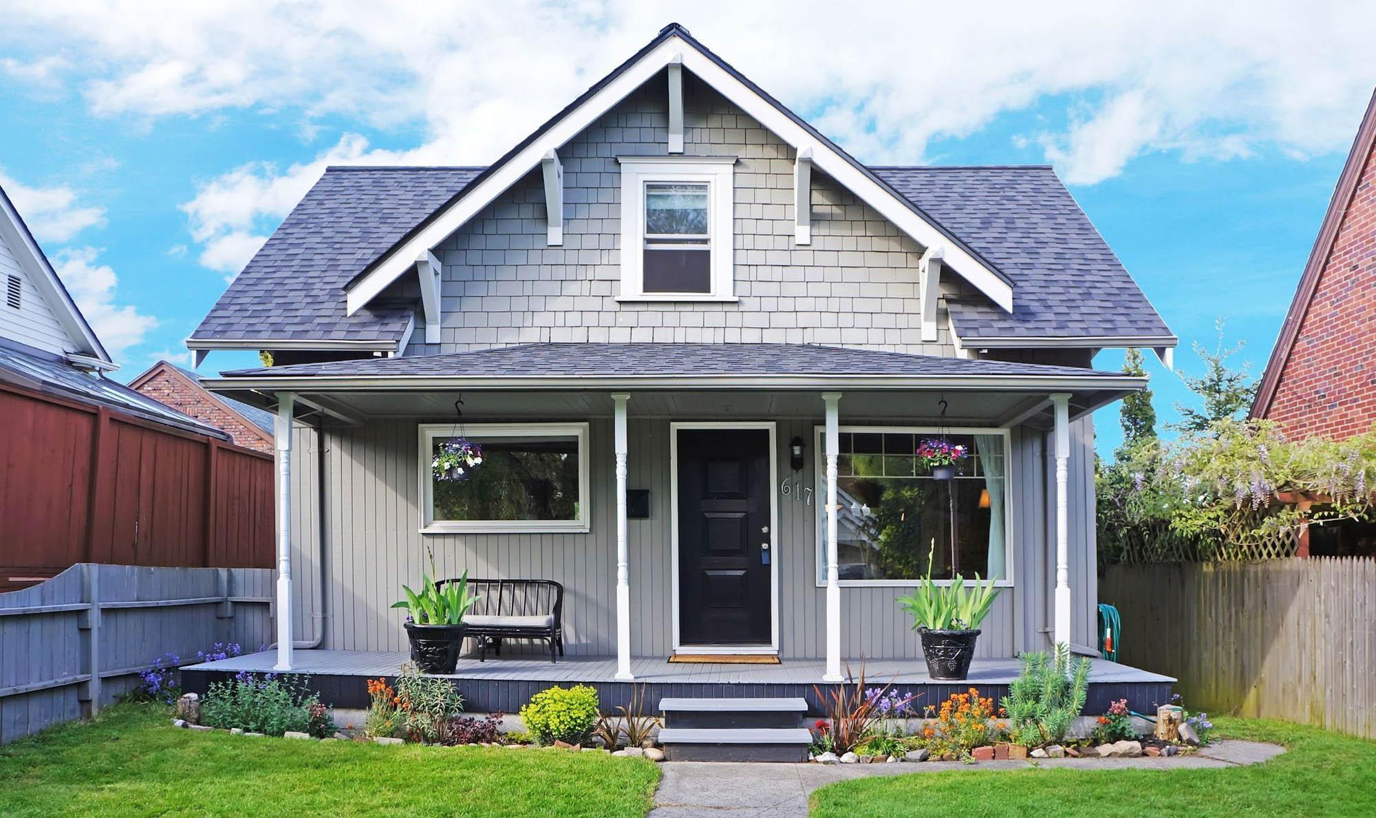 Top Small House Siding Colors | NJ Custom Home Builder ... on Modern House Siding Ideas  id=53638