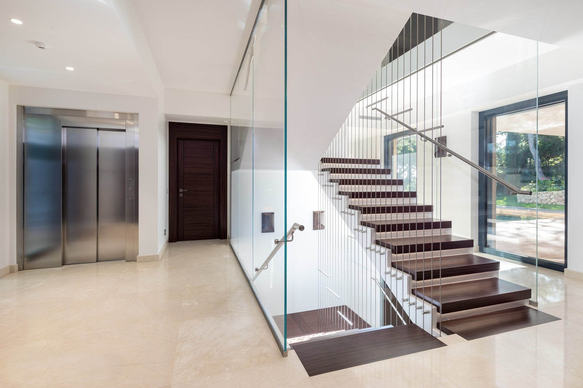 Modern Staircase Design Contemporary Stair Design Ideas | Modern Wood Staircase Railing | Residential | Interior | Floor To Ceiling | Ultra Modern | Traditional Wood Stair