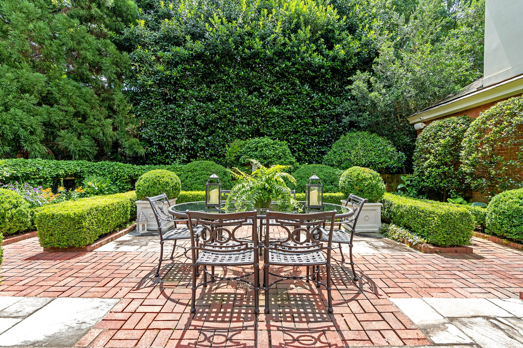 Red Brick Patio Ideas | DIY Paver Designs & Pictues on Red Paver Patio Ideas id=42707
