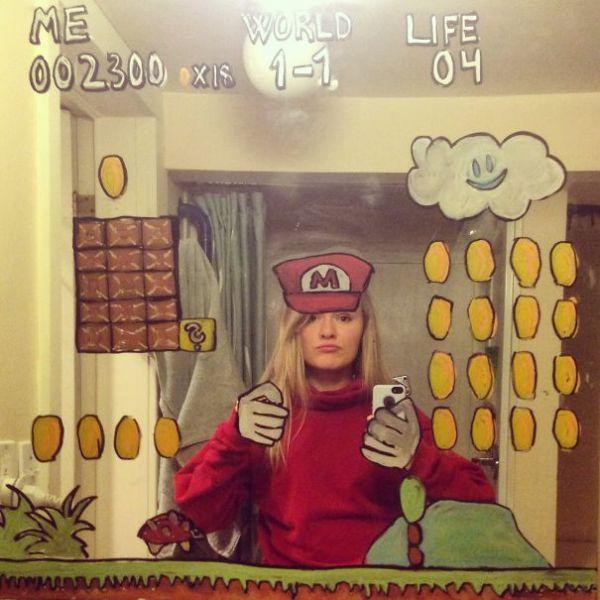 Mirror selfie 01