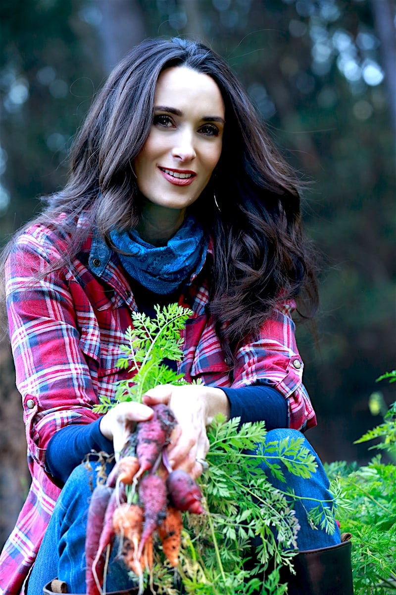 growing carrots with Stacy Lyn Harris