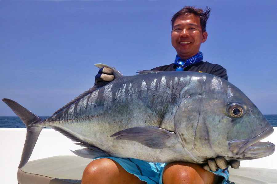 giant-trevally_popping_andaman_carpenter-f3711-rod_shimano-stella-14000-reel_craft-bait-lure_chen-lixing