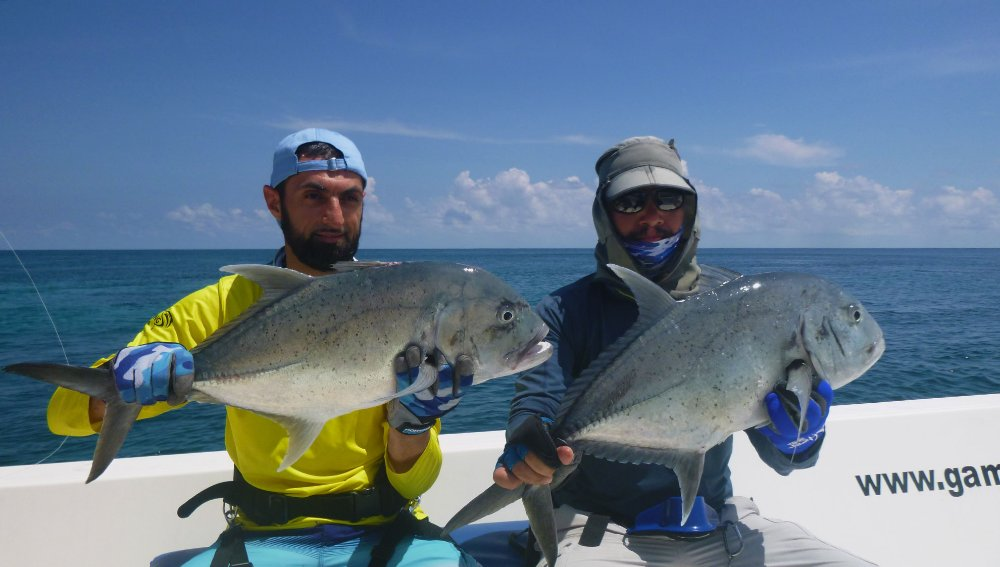 no-15_giant-trevally_fishing_popping_andaman_shimano-stella_gamefishingasia_boat_big-fish_double-hookup1