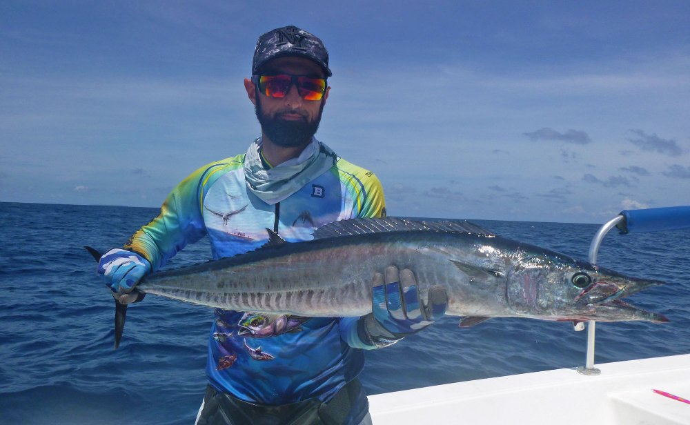 no-18_wahoo_fishing_jgging_andaman_shimano-stella_gamefishingasia_boat_big-fish