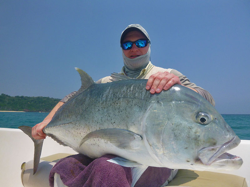 giant-trevally_popping_andaman_carpenter-endless-passion-rod_-shimano-stella-18000-reel_kokari-130gm-popper_andrii
