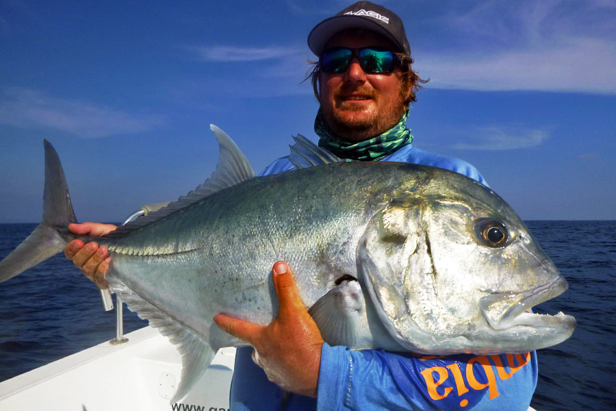 giant-trevally_popping_andaman_custom-calstar-rod_saltiga-ex-8000-reel_ross