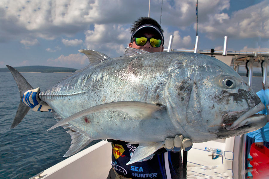 giant-trevally_popping_andaman_ns-blackhole-s83-boca-rod_daiwa-expedition-8000h-reel_jinil-5