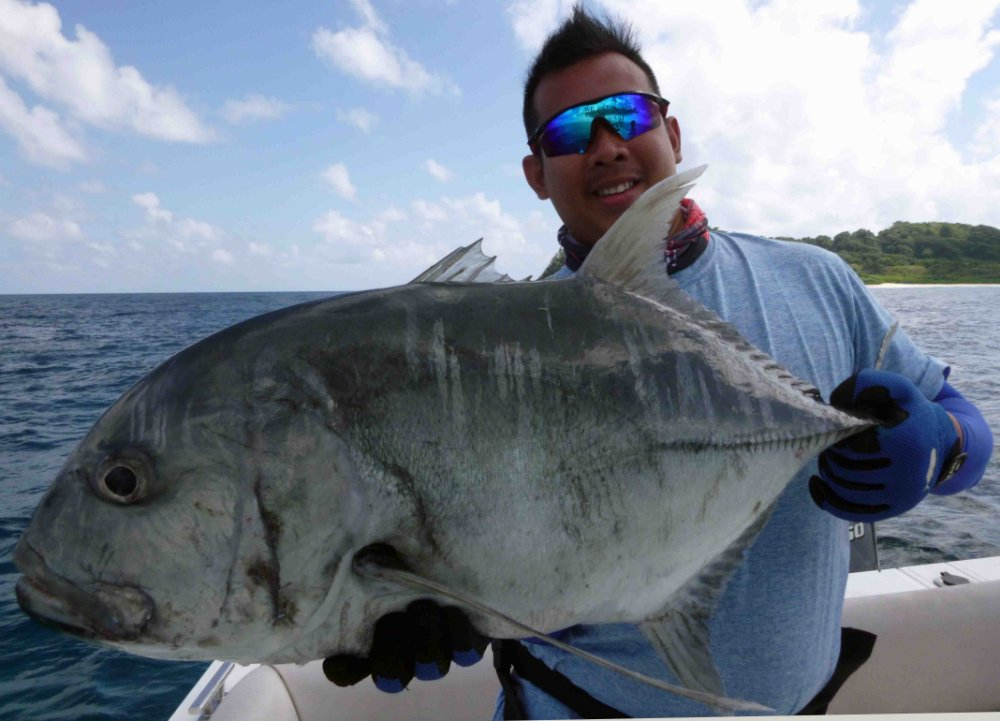 giant-trevally_popping_andaman_ripple-fisher-ultimo-79-ugh-rod_shimano-stella-14000_reel_shaun