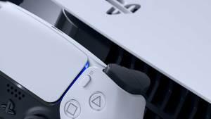 Empresa desmente rumor a respeito de atraso na disponibilidade de jogos do PS5 em disco no Brasil