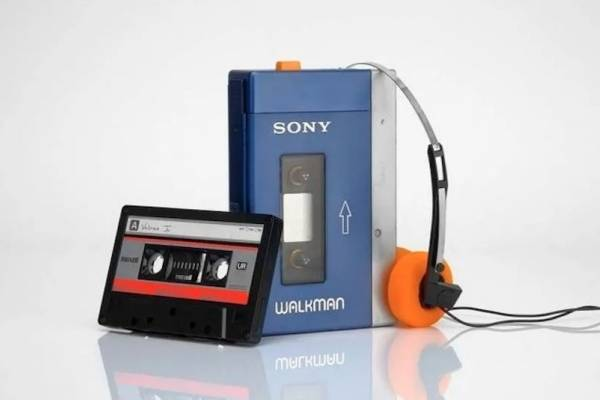 Walkman de Sony / Yoshida / presidente de Sony / GameLX / GX