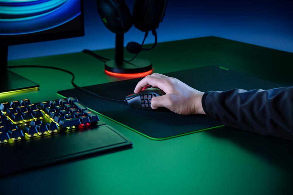 el mejor ratón para juegos MMO: Razer Naga X