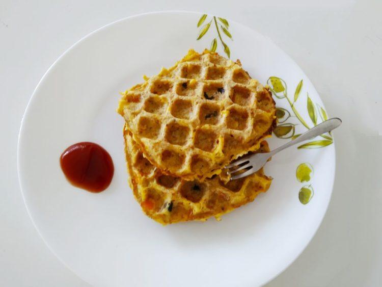 Savoury bread waffle-Breakfast using leftover bread