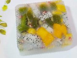 Agar-agar jelly fruit cake