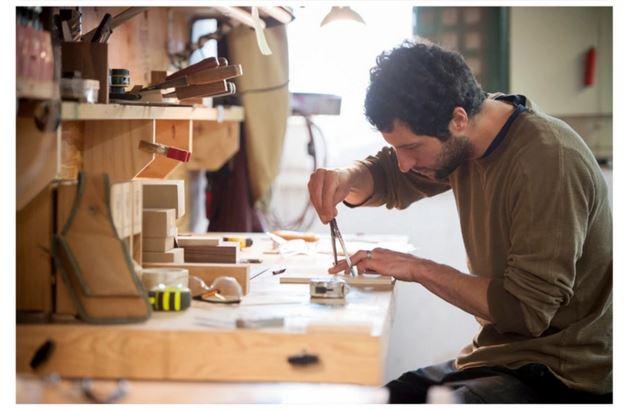 Wyrmwood New Deck Box with Bluetooth Tracker on Kickstarter