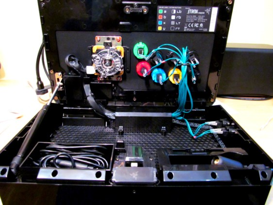 Razer Atrox Arcade Stick (5)