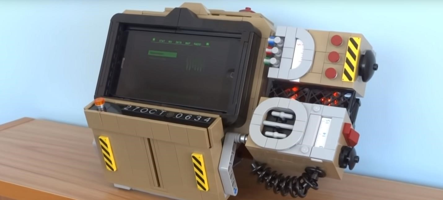 Fan assembled working Pip-Boy 2000 from LEGOGame playing info