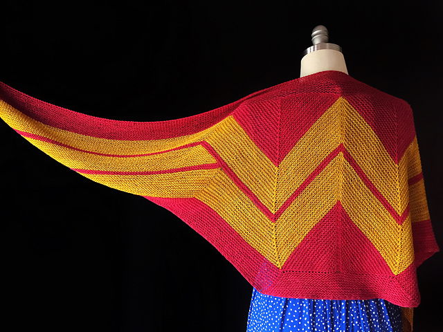 Free shawl knitting pattern: wonder woman shawl by Carissa Browning