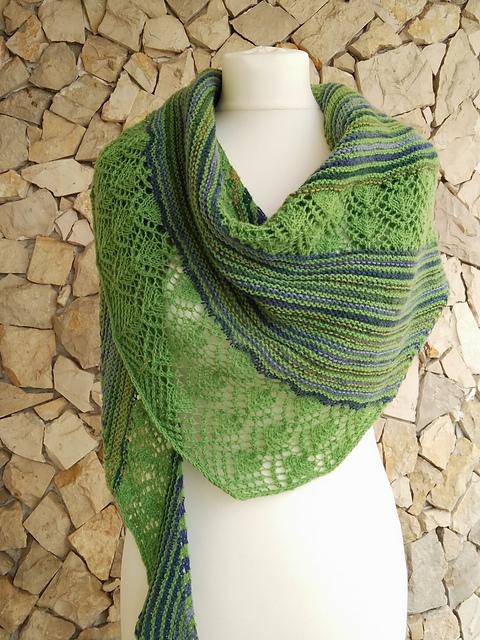 Free shawl knitting pattern by Cartucha knits